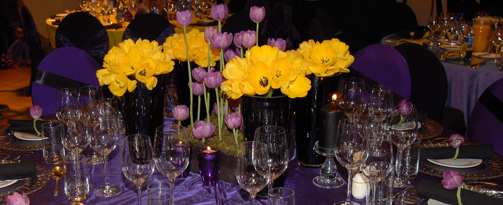 Centre Pieces and Table Settings Classy Candle Hire : purple yellow table setting from www.classycandlehire.co.za size 980 x 400 jpeg 111kB